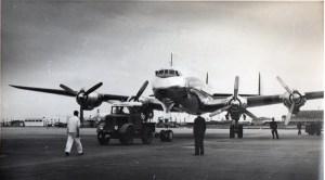 Le DC6 qui a ramené la dépouille du Prince Sisowath Monipong du Bourget à Phnom Penh en Septembre 1956